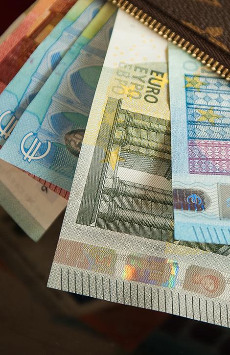 Kredyty dla osób zarabiających wwalutach obcych - zdjęcie